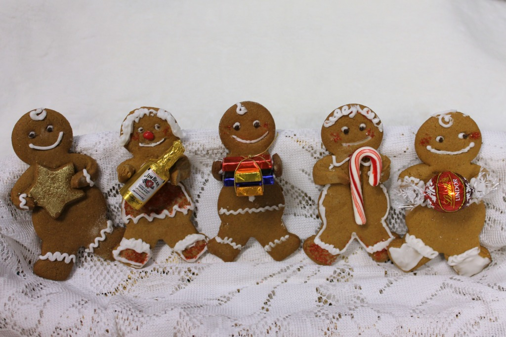 gingerbread friends in a row